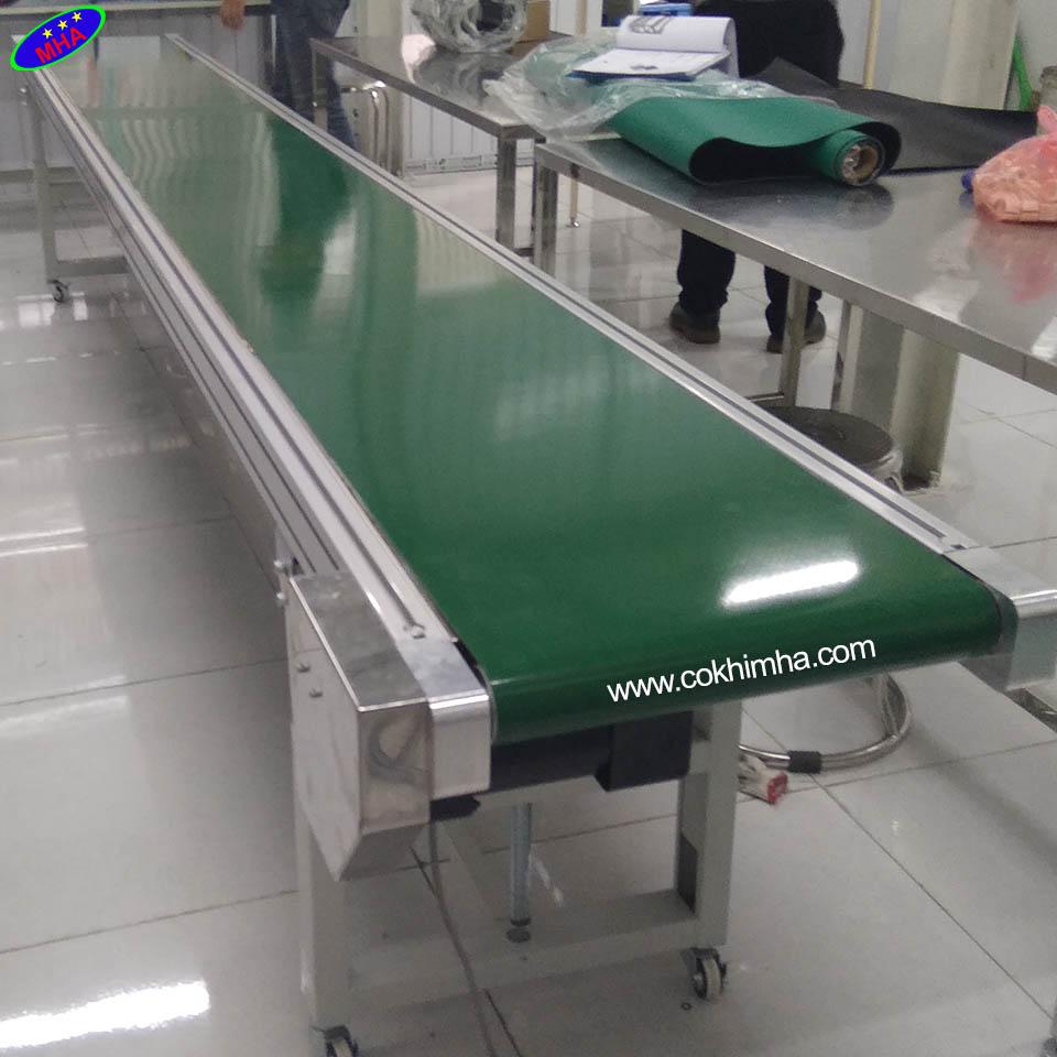Băng tải PVC cơ cấu vitme MHA
